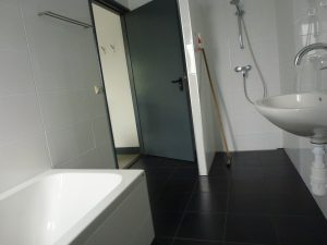 Badkamer Westerlicht op de begane grond